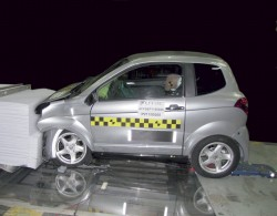 aixam frontal crash test